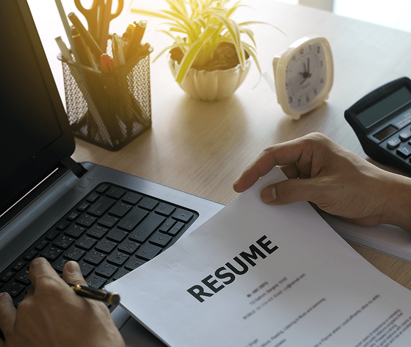 How to write a CV in UK?